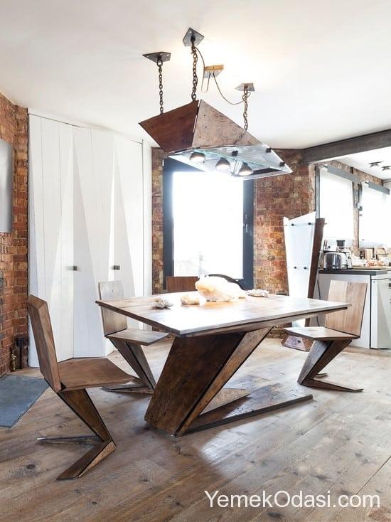 kahverengi yemek masası