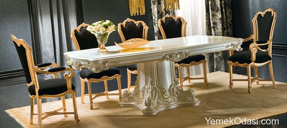 Klasik beyaz yemek masası