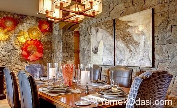 tabaklarla-yemek-odasi-duvar-dekorasyonu