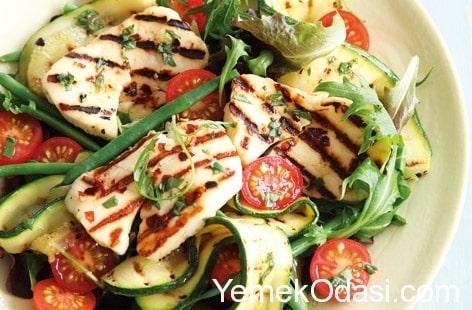hellimli-salata-tarifi