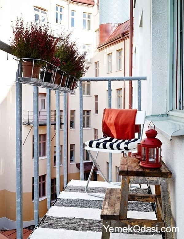 kucuk-balkon-dekorasyonu-8