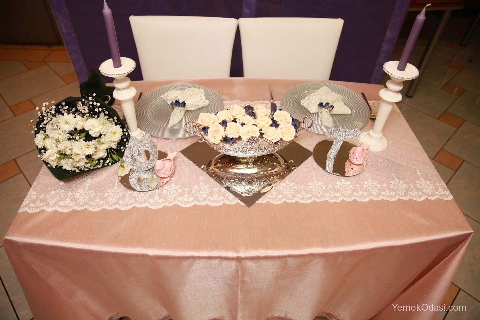 Kartondan Yemek Masası Süslemesi Yapımı