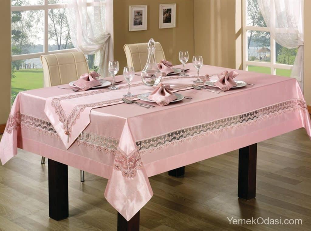 12 Kişilik Masa Örtüsü Takımları 1