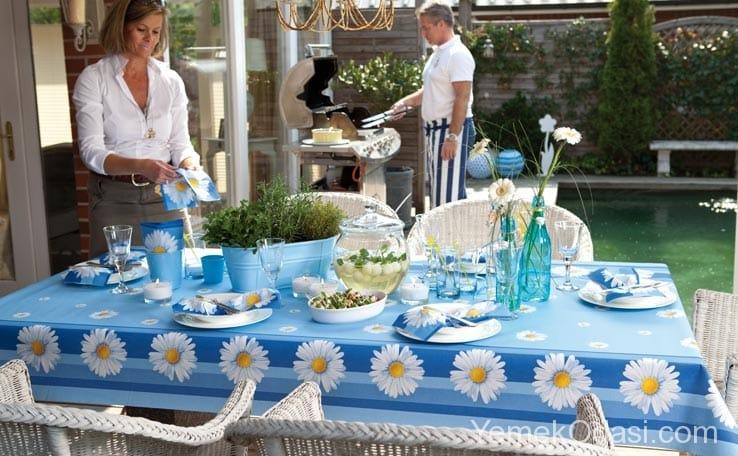 Bahçe Masası İçin Örtü Modelleri 3