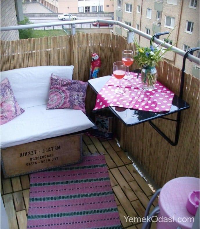 Balkonlarda Baharın Tadını Çıkarmak İçin Dekorasyon Tavsiyeleri 1