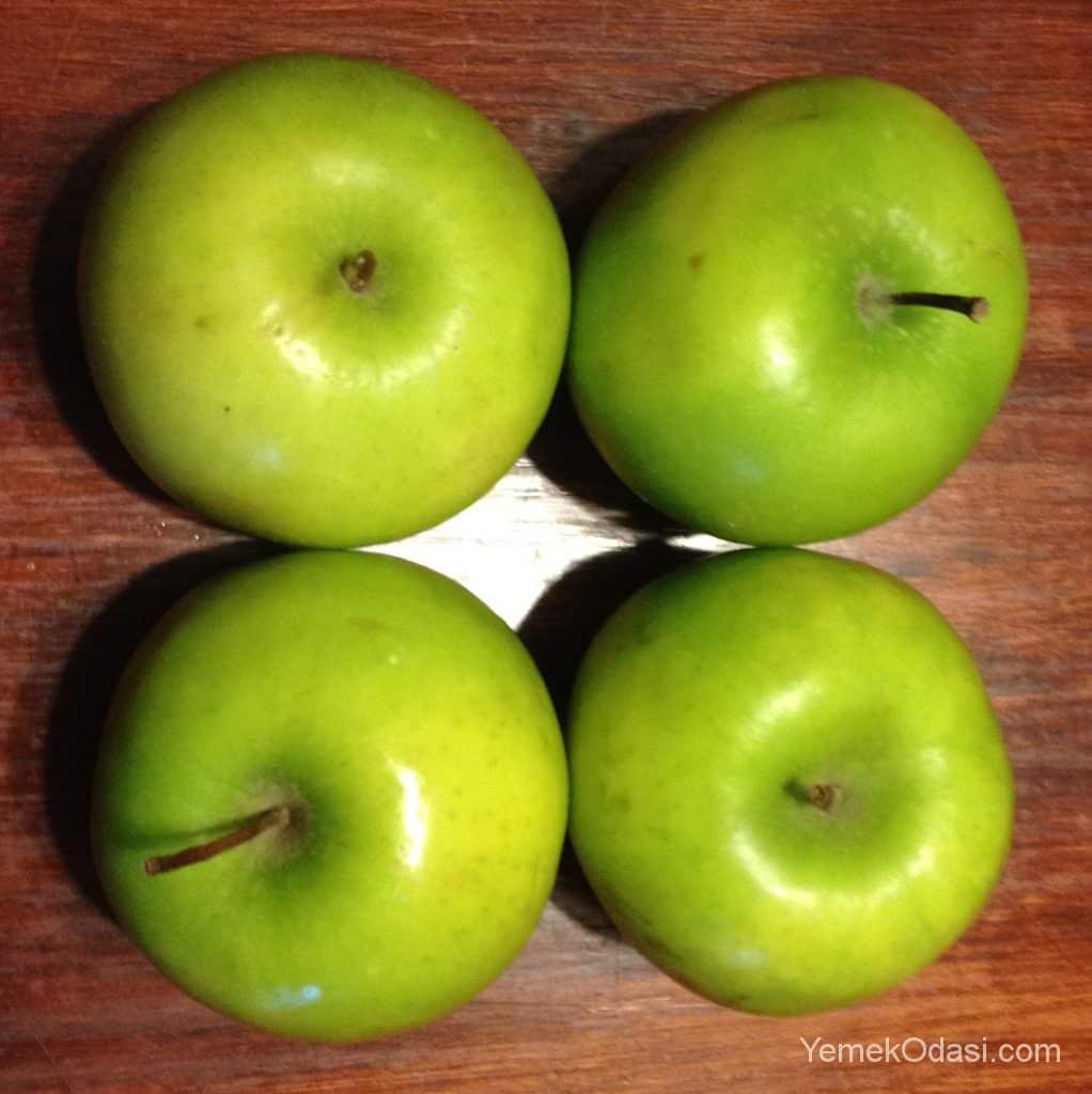 4 adet yeşil elma