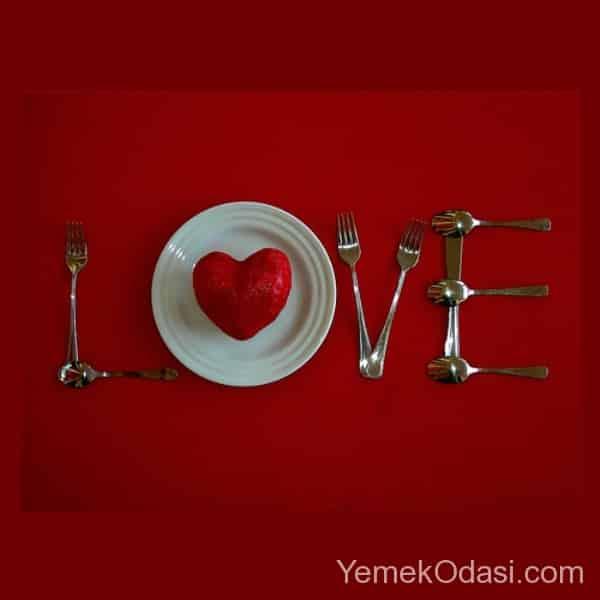 Sevgililer Günü Masa Süslemesi 2