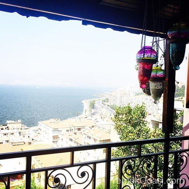 deniz-manzarali-balkon