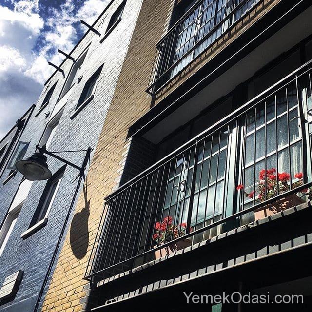 etkileyici-balkon-mimarisi