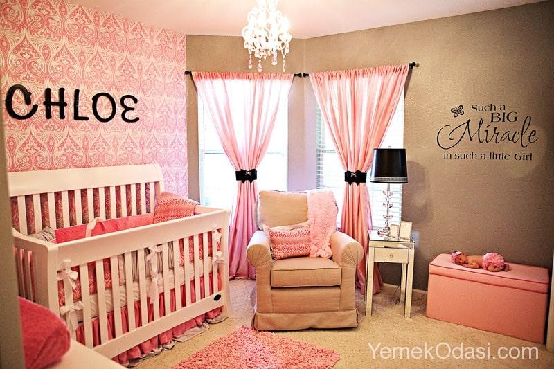 kiz-bebek-odasi-dekorasyonu-2