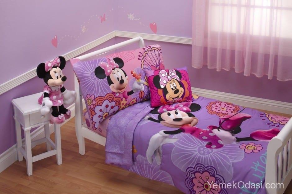 kiz-bebek-odasi-dekorasyonu-9