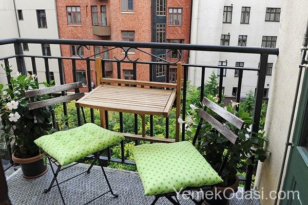 k k balkonlar in dekorasyon fikirleri yemek odas ve. Black Bedroom Furniture Sets. Home Design Ideas