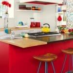 Pembe ve Beyaz Mutfak Dolapları