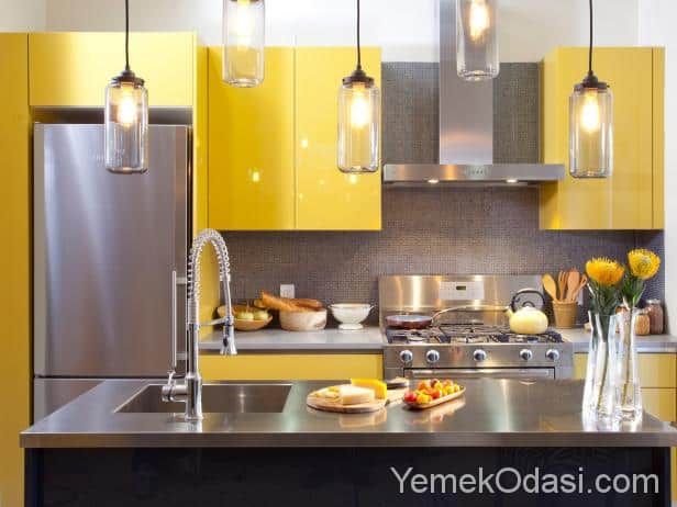 Sarı mutfak dolapları