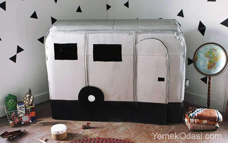 Kartondan karavan