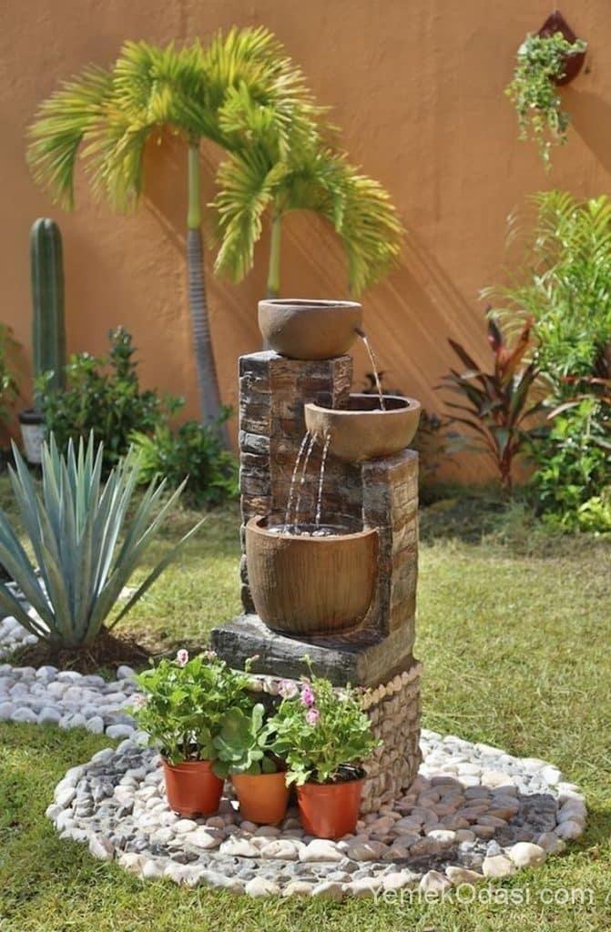 Bahçe Çok Özel Süs Şelalesi