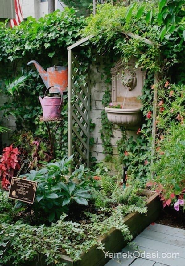 Bahçe Kuş Süs Havuzu