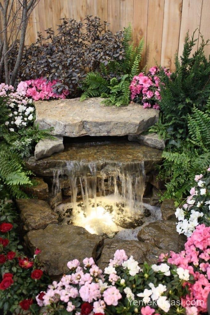 Bahçe Taştan Süs Havuzu