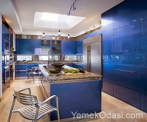 kobalt mavisi mutfak