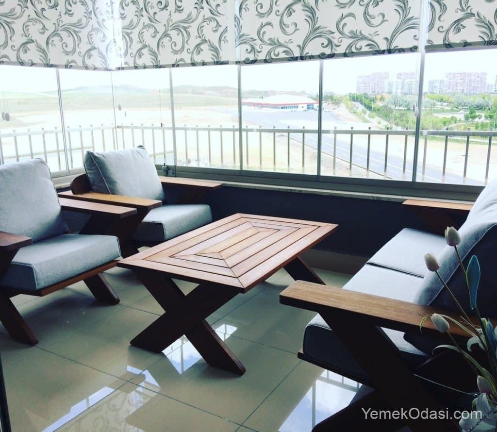 modern balkon mobilyaları