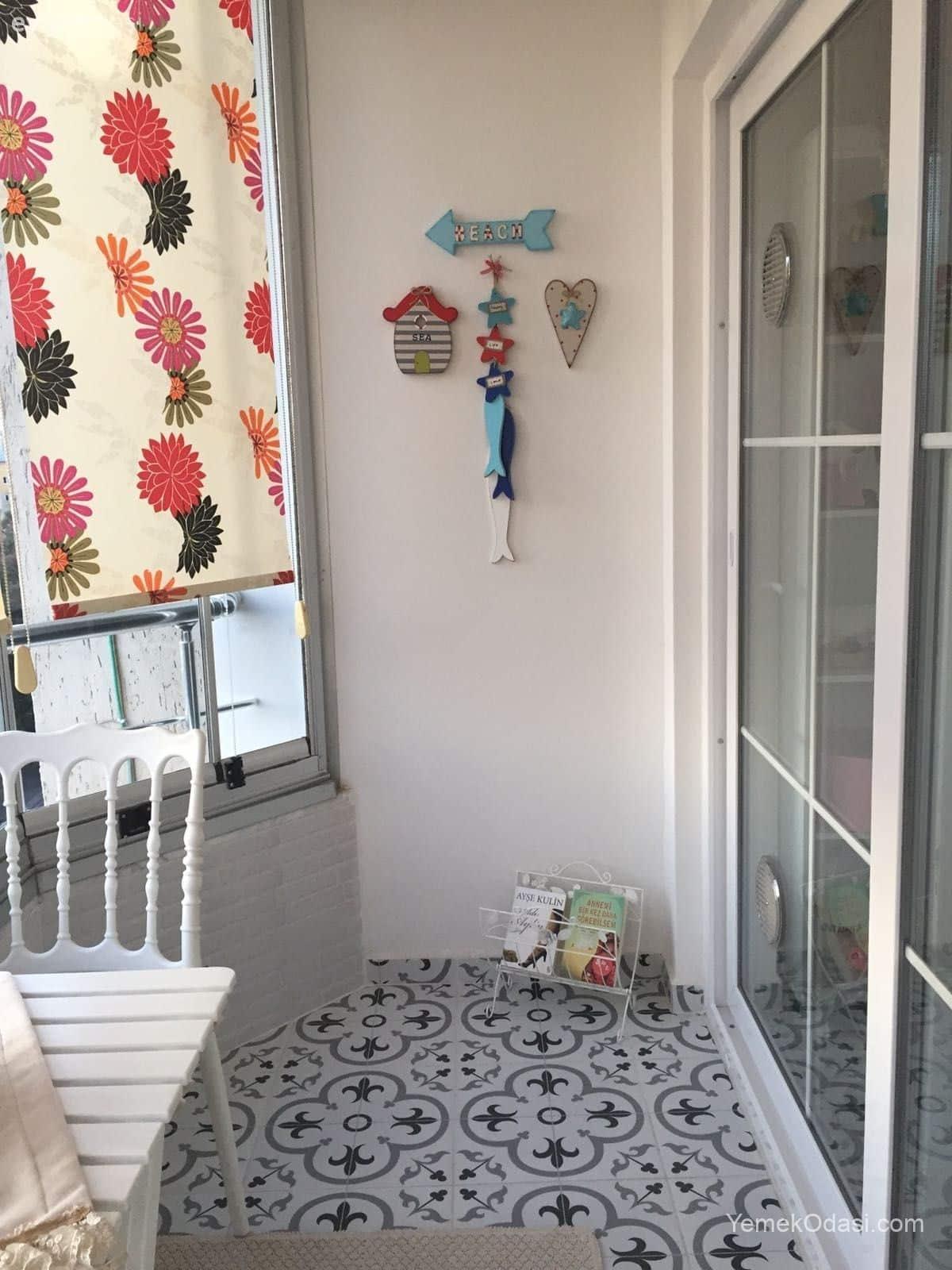 sade balkon duvarı