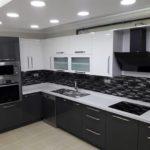 siyah beyaz l mutfak dolabı