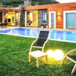 tek katlı havuzlu ev modelleri