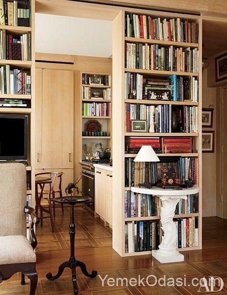 yerden tavana kadar yuksek antik kitaplik