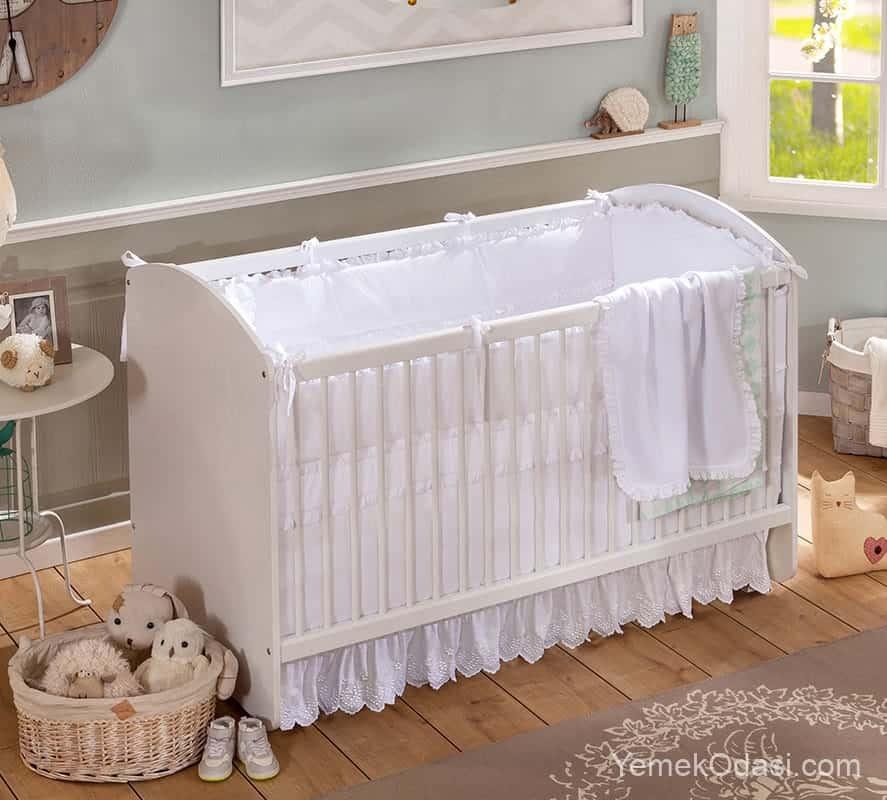 Çilek Bebek Beşiği Modelleri