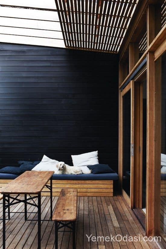 siyah beyaz küçük teras