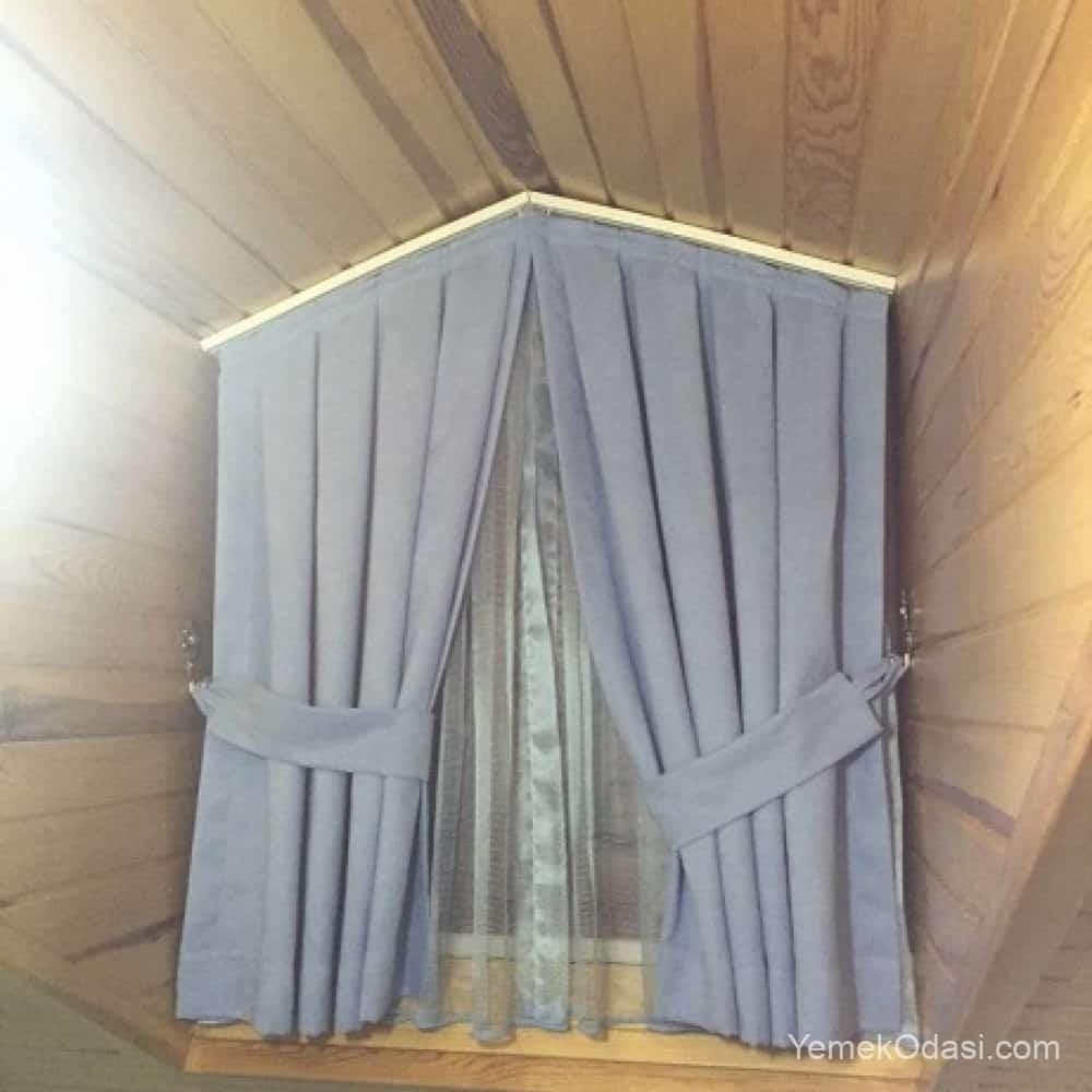 mavi çatı katı perdesi