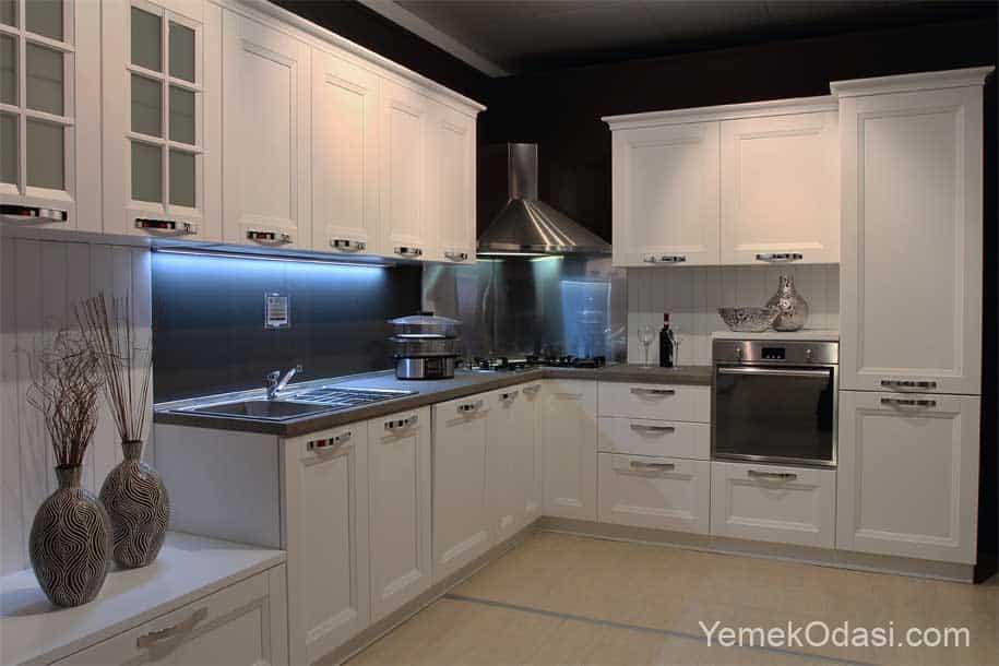 Mutfak Dolabı Modelleri Siyah Beyaz