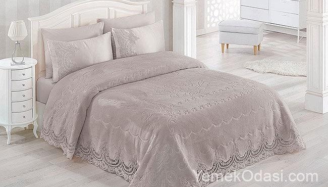 Yatak Örtüsü Modelleri 2019