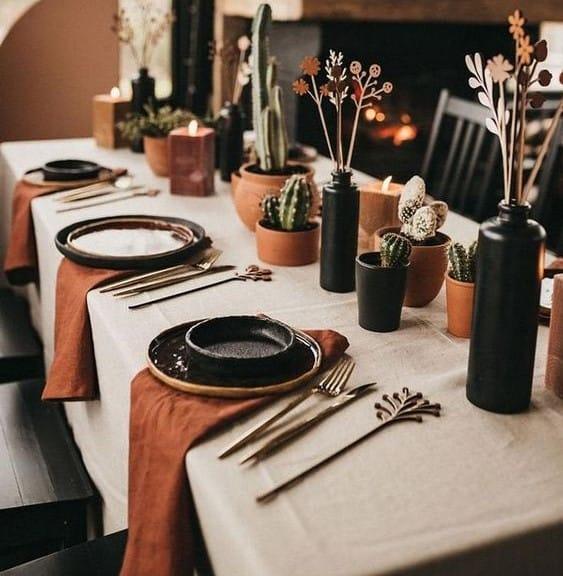 ev tekstil ürünü olarak masa örtüsü